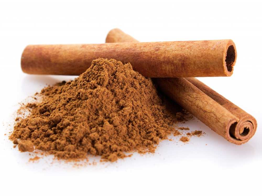 Cinnamon. Little child smothered at kitchen spice / Health News